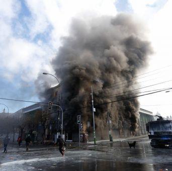 Trabajador muere durante graves incidentes tras marcha del 21 de mayo