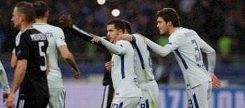 Chelsea golea al modesto Qarabag y avanza a octavos en Champions League