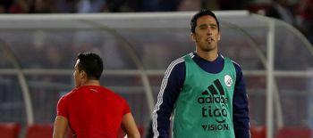 Lucas Barrios entre dos clubes: Esto le ofrece Colo Colo para que firme por B y N