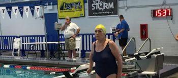 [VIDEO] Nadadora de 84 años gana primer oro para Chile en Sudamericano de Natación Máster