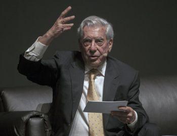 Mario Vargas Llosa y el Nobel a Bob Dylan: Es una manifestación de esa frivolización de la cultura