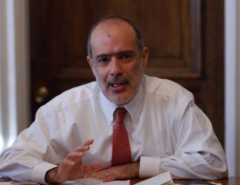 Ministro Valdés baja el perfil a dichos de la UDI por pensiones y confía en acuerdo nacional