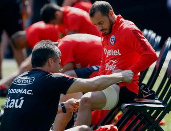 "La Roja"" lamenta baja: Marcelo Díaz se lesiona y se pierde doble fecha clasificatoria"