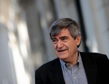 Camilo Escalona pide un cambio de gabinete