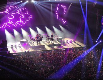 Disclosure pone la fiesta en un Movistar Arena disfrazado de un gran club de baile