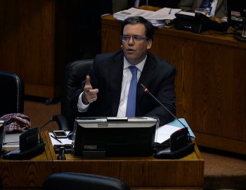 Harboe y elección de intendentes: El gobierno cree que elegir a la autoridad es descentralización