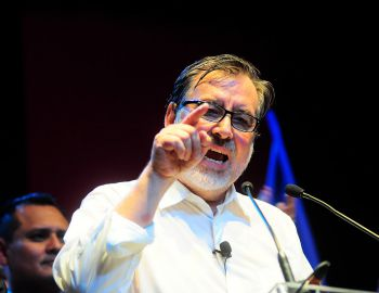 Guillier: Ministros de Piñera dieron cuenta en tribunales por sus conflictos de interés