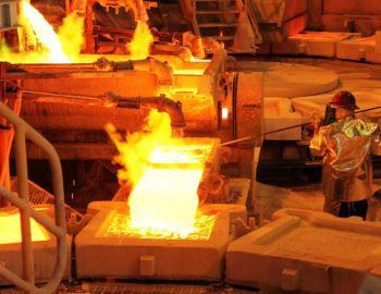 Bachelet asegura que Chile está dejando atrás su dependencia del cobre