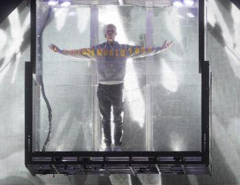 Justin Bieber desata el delirio y presenta su espectáculo más parafernálico en Chile