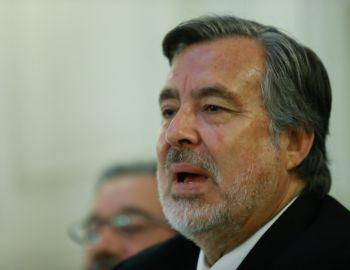 Guillier por violencia en La Araucanía: Es grave, pero no responde al patrón de terrorismo
