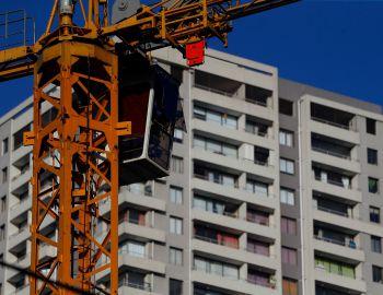"""CChC atribuye a """"reformas estructurales"""" el complejo escenario de la construcción"""