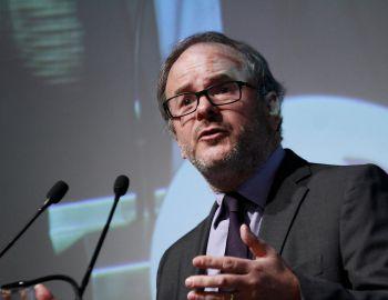 Larraín Matte emplaza al gobierno a modernizar el sistema de evaluación ambiental