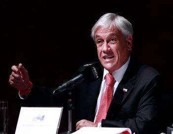 Sebastián Piñera critica la irresponsabilidad de Paul Romer y pide sanción del Banco Mundial