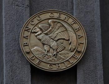 Banco Central: Economía de Chile creció 2,8% en tercer trimestre del año