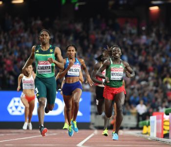 Caster Semenya logra su tercer título mundial de 800 metros en Londres 2017