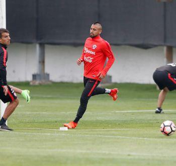"""Vidal y Clasificatorias: """"Estamos a tres puntos del segundo y depende sólo de nosotros"""""""
