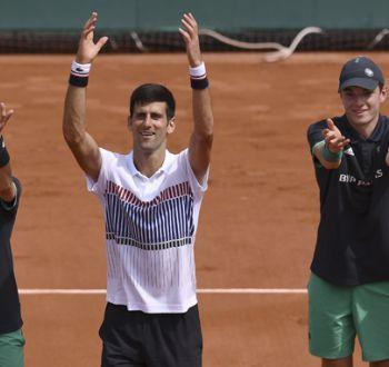 Djokovic abre la era Agassi con una victoria sobre Granollers en Roland Garros