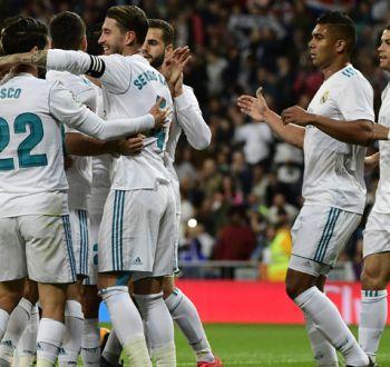 Real Madrid golea a Eibar y se mantiene a la caza del líder Barcelona en España