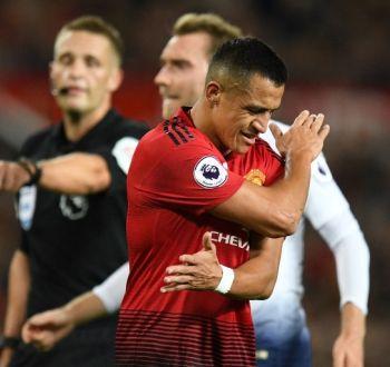 Champions League: Alexis Sánchez es suplente para el debut del Manchester United