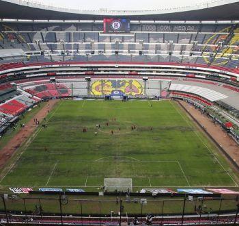 Estadio Azteca: los factores que llevaron al majestuoso campo de México a su mala condición actual