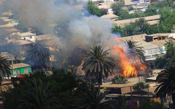 Alerta Roja en Vallenar por incendio: hay 15 casas afectadas