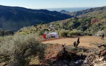 Empresa que localizó a los mineros chilenos buscará a niño caído en pozo de 100 metros en España