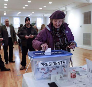 Las cifras y curiosidades que dejó el debut del voto chileno en el exterior