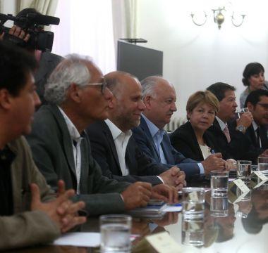 Gobierno y Nueva Mayoría se reencuentran tras la derrota de Guillier