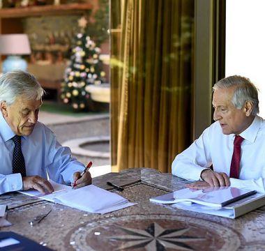 Canciller dice que debiera haber una continuidad en la política de Chile ante La Haya