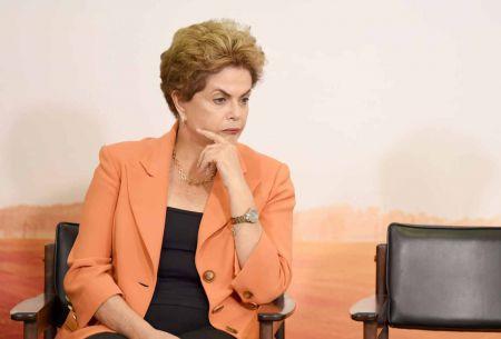 Senado brasileño confirma la suspensión de la Presidenta Dilma Rousseff para juicio político