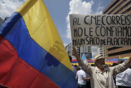 Esta mañana se registraron protestas en las que se pedía al CNE que dé a conocer los resultados de las elecciones.