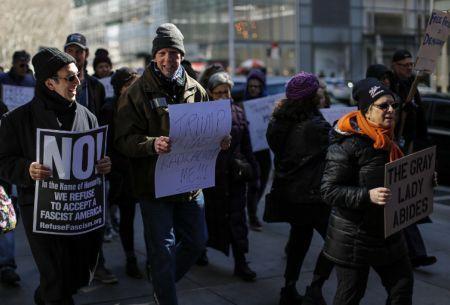 Nueva York: Primera manifestación para apoyar a la prensa frente a Trump