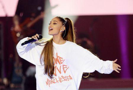 [VIDEO] El emotivo mensaje de Ariana Grande a un año del atentado en Manchester