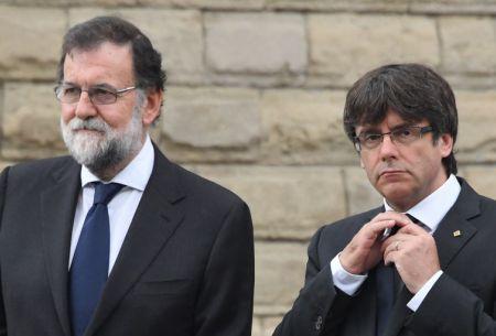 España se mantiene expectante ante la respuesta de Puigdemont sobre independencia de Cataluña