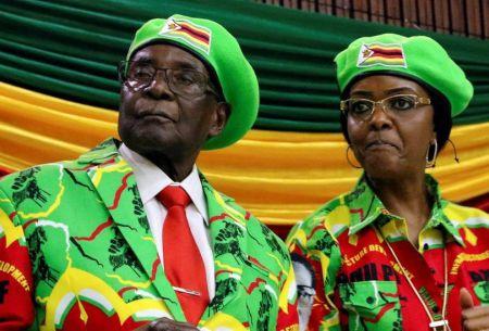 El presidente Robert Mugabe es destituido como líder del partido gobernante en Zimbabue