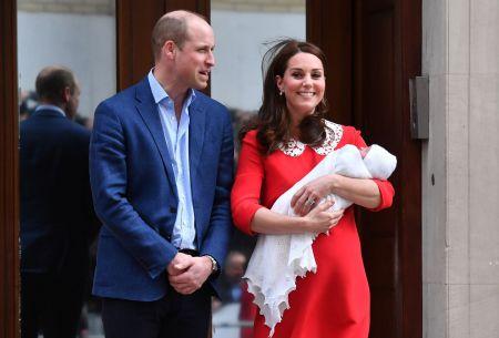 [VIDEO] Las primeras imágenes del tercer hijo entre William y Kate Middleton