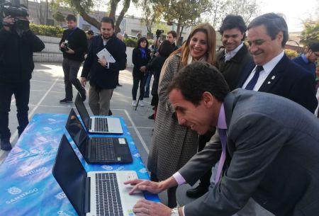 WiFi gratuito llega a Santiago: Los 10 puntos para acceder a internet en la comuna
