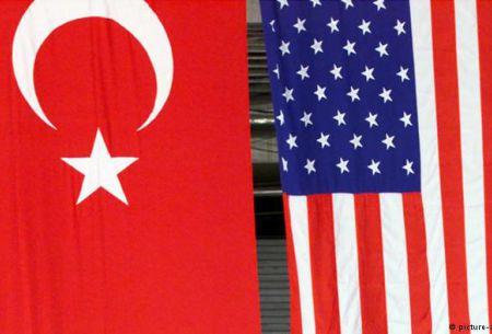 Estados Unidos amenaza a Turquía con nuevas sanciones si no libera a pastor