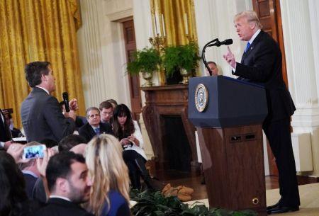 La nuevas reglas que la Casa Blanca anunció para los periodistas