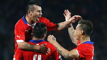 Chile va por la revancha ante Brasil. Revisa el calendario de amistosos del fin de semana
