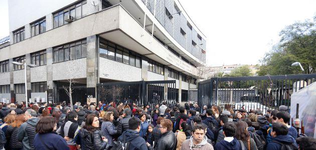 Instituto Nacional: Mineduc descarta que tomas y Tohá influyeran en pérdida de subvenciones