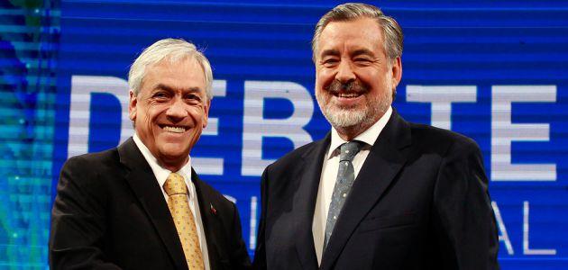Duros enfrentamientos entre Piñera y Guillier marcan tenso debate presidencial