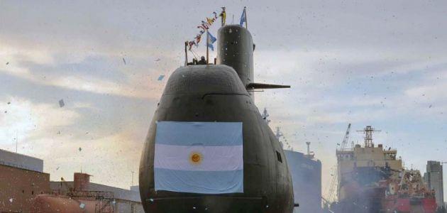 Argentina sigue sin hallar al submarino y suspenden a dos altos oficiales de la Armada