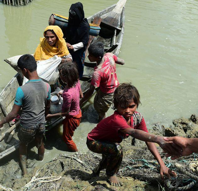 El primer mes de violencia en Birmania dejó 6.700 rohinyás muertos, según oenegé MSF