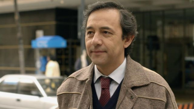 Juan Herrera interpretado por Daniel Munoz