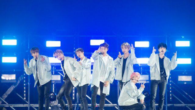 Resultado de imagem para bts wings tour seoul