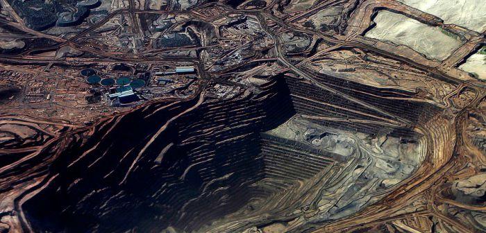 Sernageomin ordena cierre provisional de minas El Abra y Chuquicamata tras accidentes fatales