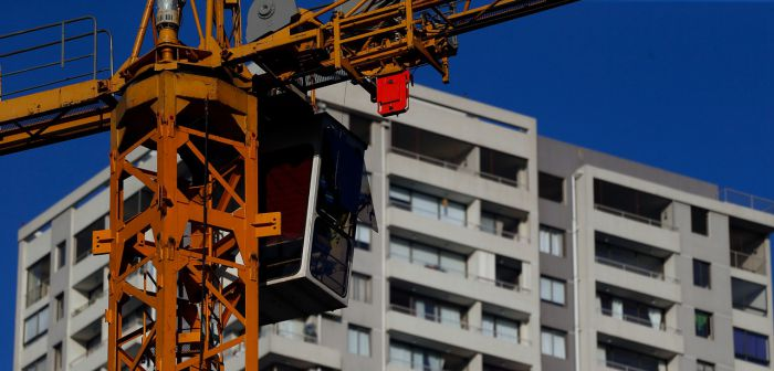 Actividad de la construcción registra primera alza luego de 14 meses