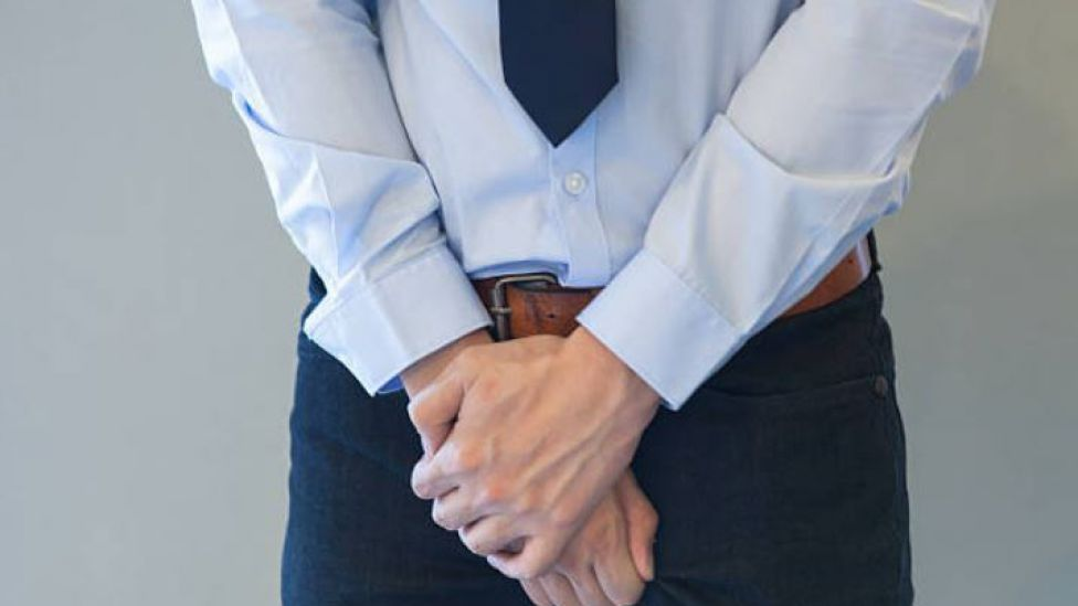 dolor agudo en la prostatitis al estornudar